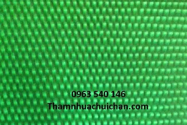 Thảm nhựa gai mít xanh có kích thước : 1,2m x 15m, độ dày 7mm.