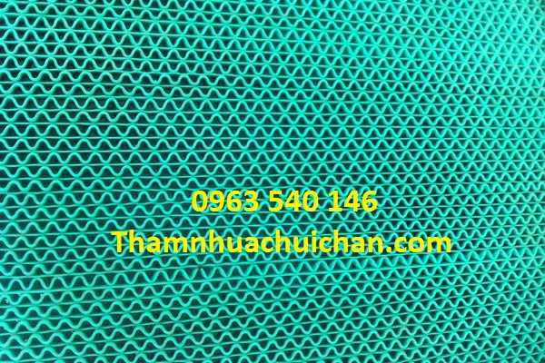 Thảm trải nhà vệ sinh màu xanh lá khổ rộng 0,9m x 15m và 1,2m x 15m. Có thể cắt tùy ý kích thước.