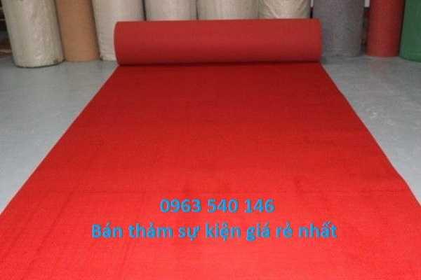 Thảm Hoàng Yến cung cấp thảm trải sự kiện màu đỏ rẻ nhất hiện nay