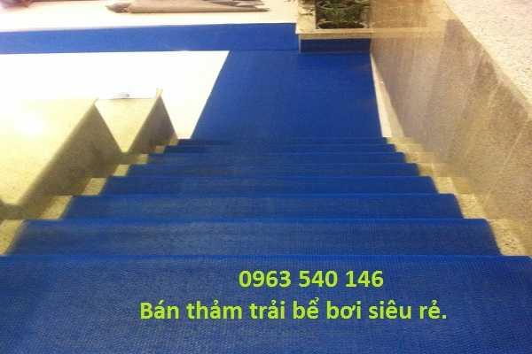 Thảm nhựa trải cầu thang chống trơn bể bơi giá siêu rẻ.