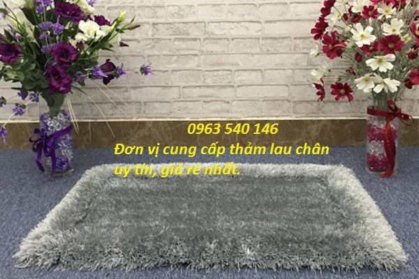 Thảm chùi chân lông xù màu ghi xám kích thước : 0,4m x 0,6m, 0,5m x 0,7m, 0,5m x 0,8m, 0,65m x 1m.