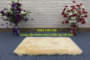 Thảm chùi chân lông xù màu trắng