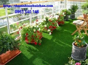 Thảm cỏ nhân tạo ban công