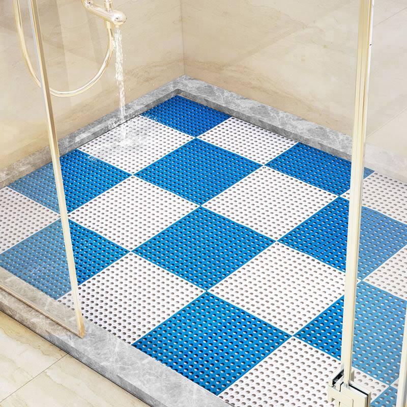 Thảm ghép lỗ tròn có khả năng thoát nước cực tốt.