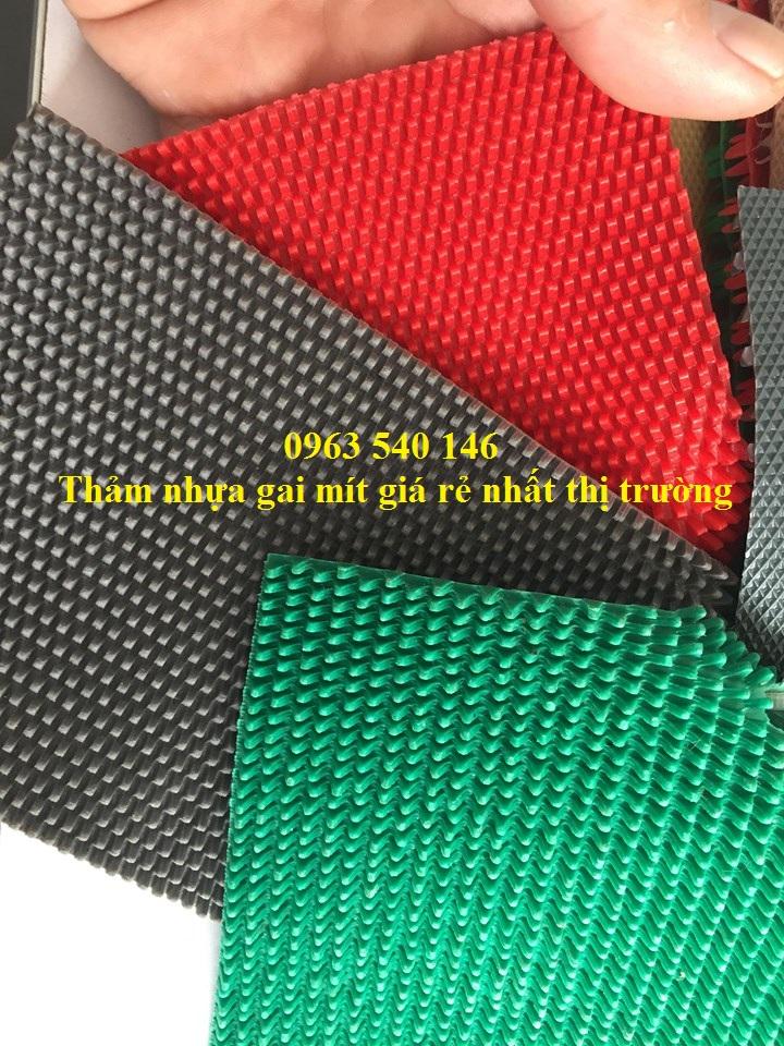 Thảm chùi chân gai mít : 0,9m x 15m, 1,2m x 15m ( xanh lá, đỏ, ghi xám ) dùng để trải trước của ra vào tòa nhà, quán an, bếp, văn phòng .....