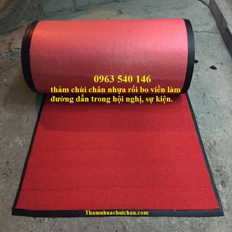 Thảm nhựa rối màu đỏ có thể gia công tùy ý theo kích thước quý khách hàng ưu cầu.