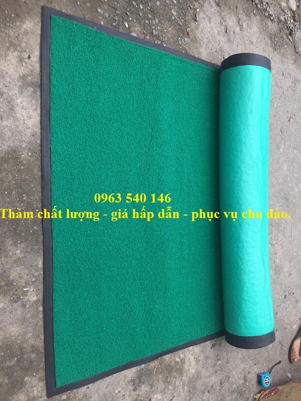 Tấm thảm nhựa cao su sợi rối được bo viền cao su xung quanh đẹp, siêu bền.