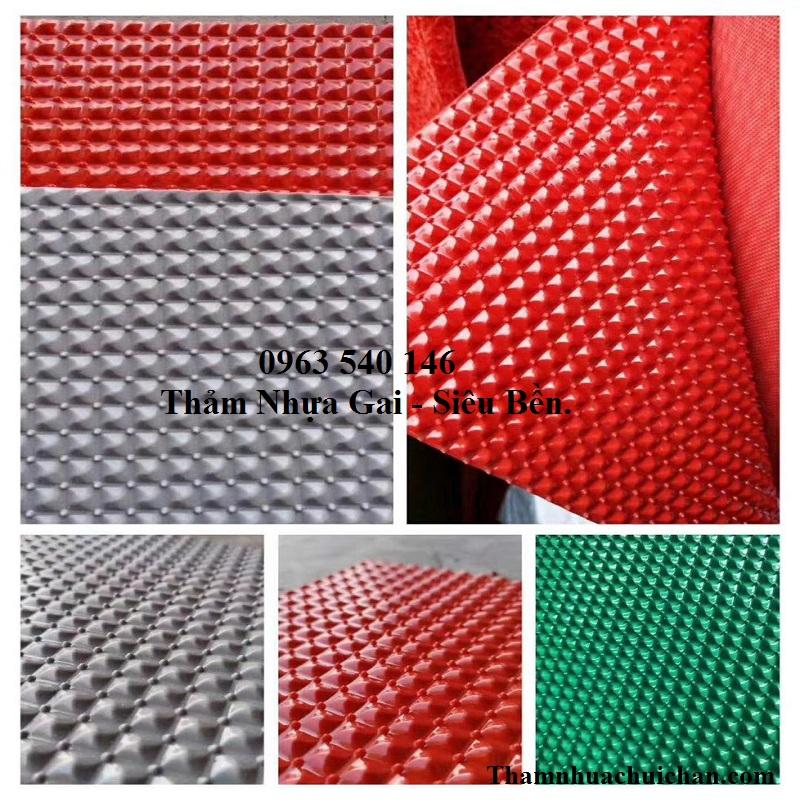 Màu sắc thảm nhựa gai, có độ bền khá cao, kích thước 1,2m x 15m, 0,9m x 15m, được bán tại Hà Nội.