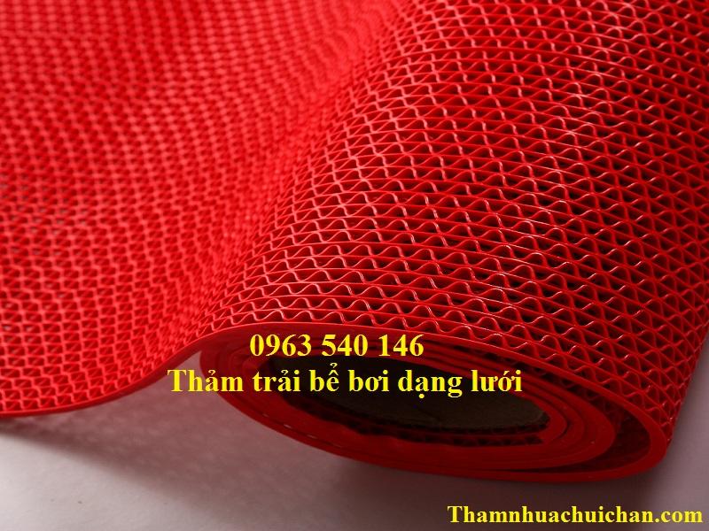 Thảm trải bể bơi nhựa lưới màu đỏ đẹp, kích thước phù hợp với mọi khu vực.
