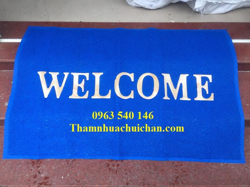 Thảm chùi chân welcom màu xanh dương bằng nhựa phù hợp với mọi không gian nội thất trải thảm.