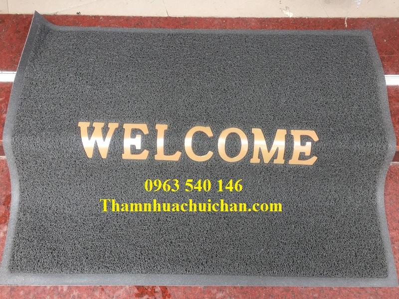 Thảm chùi chân welcom màu ghi xám hàng chất lượng, chiết khấu khi quý khách tới của hàng mua hàng.